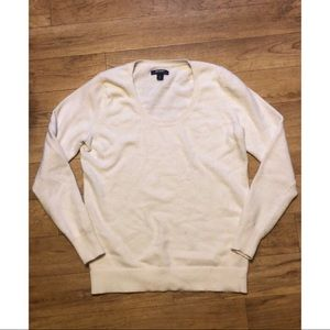 White Old Navy Lightweight Sweater/Shirt